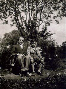 66. VH con su hijo Vladimir